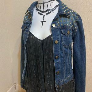 Forever21 studded denim jean jacket M nwot